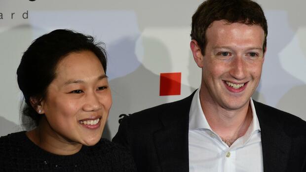 facebook gr nder in berlin die zuckerberg festspiele. Black Bedroom Furniture Sets. Home Design Ideas