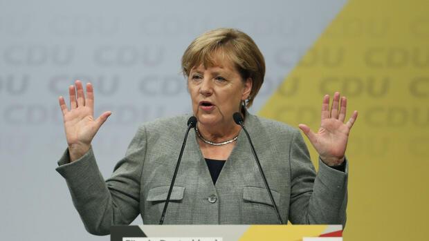 Umfrage - Merkel verliert im Urlaub an Zustimmung
