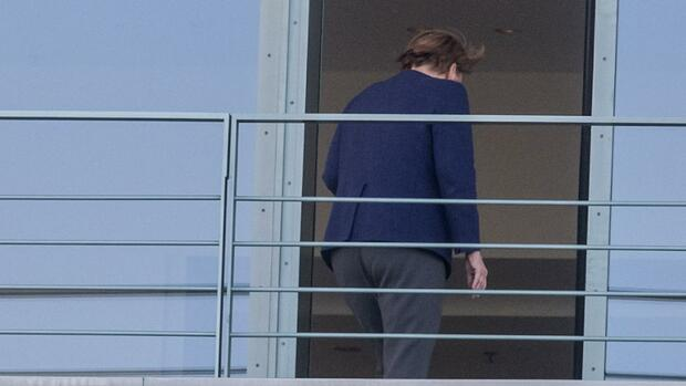 Autogipfel im Kanzleramt: Merkel, die Autobosse und das E-Auto