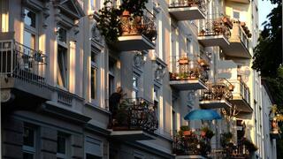 Immobilienmarkt: Kaufen ist in Deutschland günstiger als Mieten – auch in Metropolen