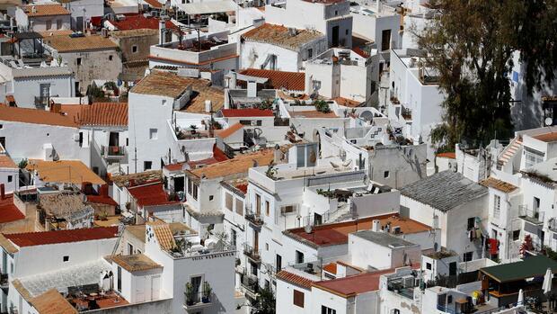 Mietpreise: 500 Euro für ein Bett auf Ibiza