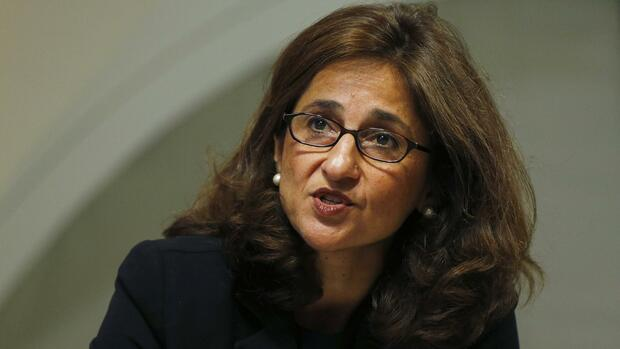 Bank of England Deputy Governor Minouche Shafik speaks during the bank's quarterly inflation report news conference at the Bank of England in London August 13, 2014. REUTERS/Suzanne Plunkett/File Photo Quelle: Reuters