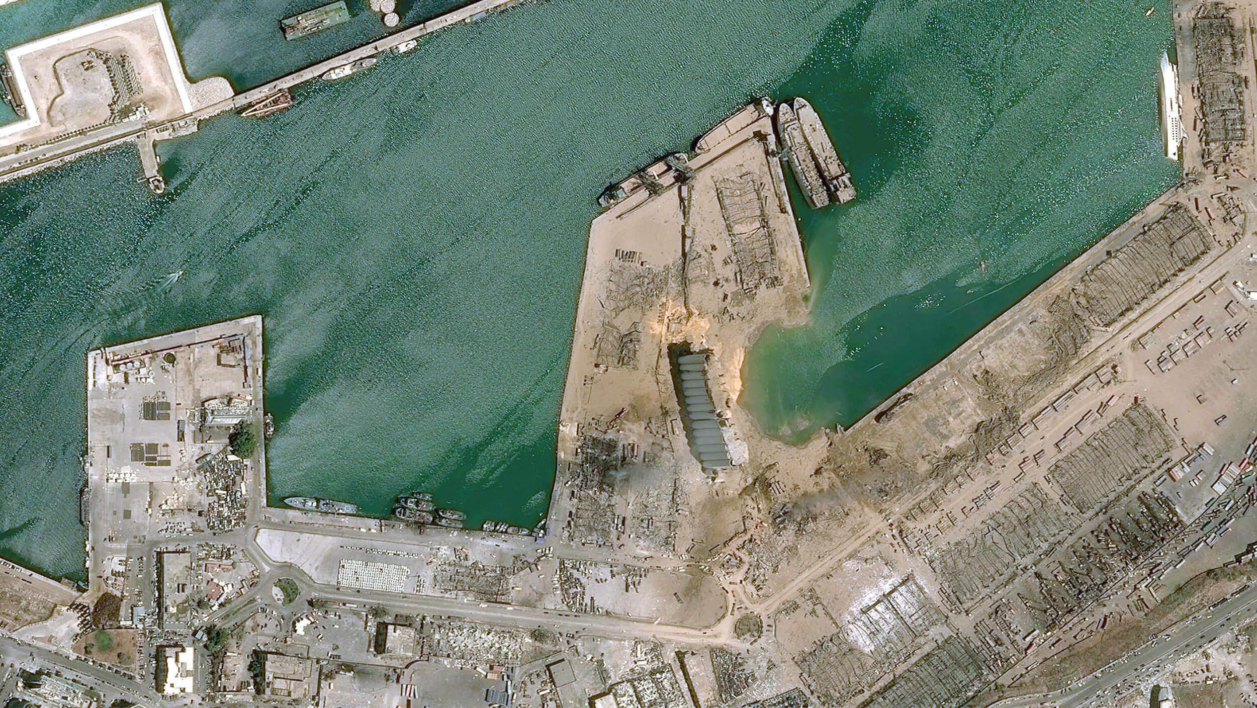 Satellitenbild des Hafens von Beirut