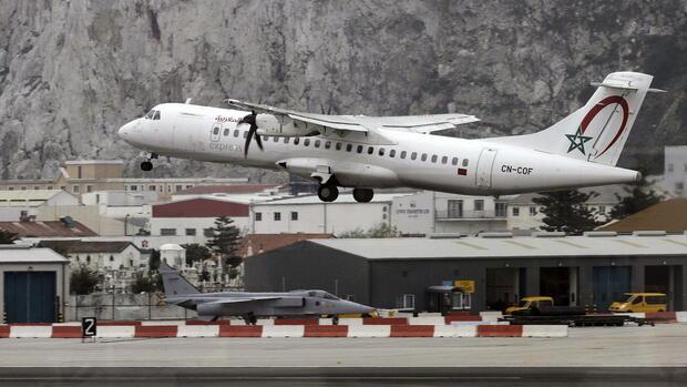Ein Flugzeug der Royal Air Maroc Quelle dpa