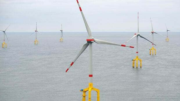 Windräder des Windpark BARD Offshore 1 in der Nordsee Quelle: dpa