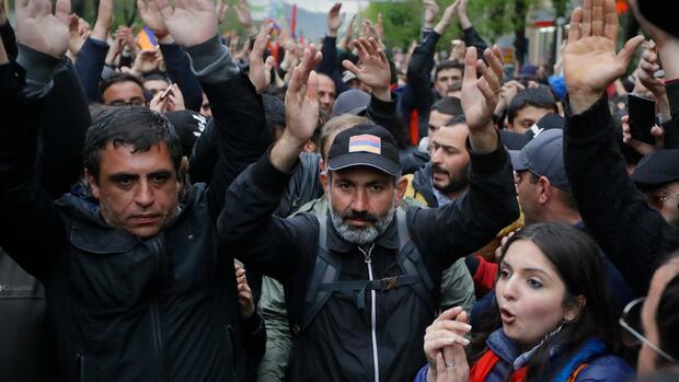 Armeniens Oppositionsführer Paschinjan bewirbt sich als Premier