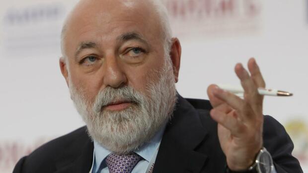 Sulzer kauft Aktien von Renova zurück