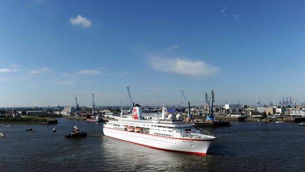 Gläubiger des insolventen ZDF-Traumschiffes MS Deutschland sollen in den nächsten Tagen 6,2 Millionen Euro bekommen. Quelle: dpa