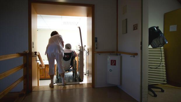 Russische Pflegedienste