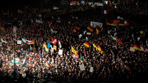 Pegida-Demonstranten Quelle: dpa