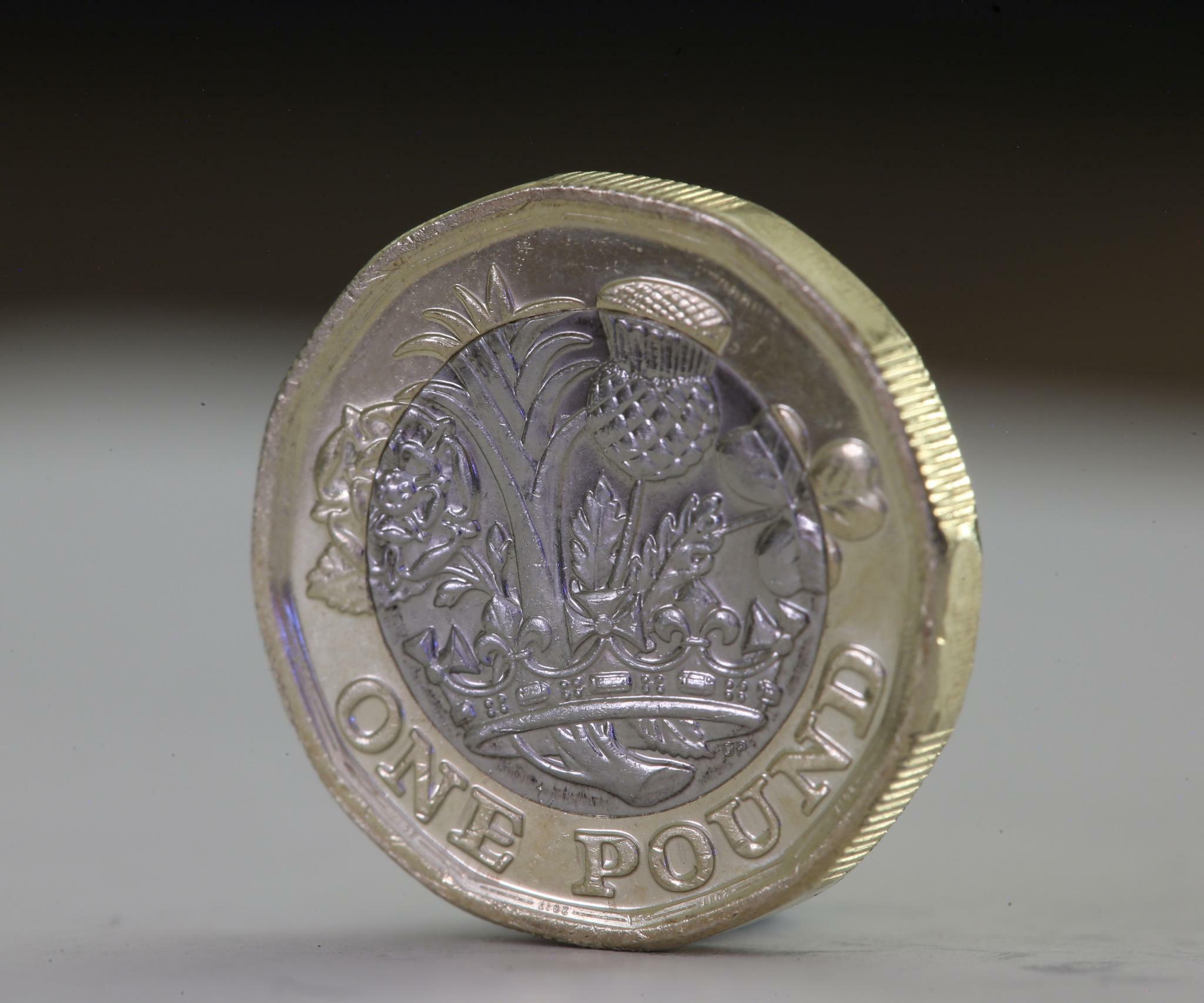 Devisen: Pfund-Anleger machen Kasse – Brexit-Hickhack geht weiter
