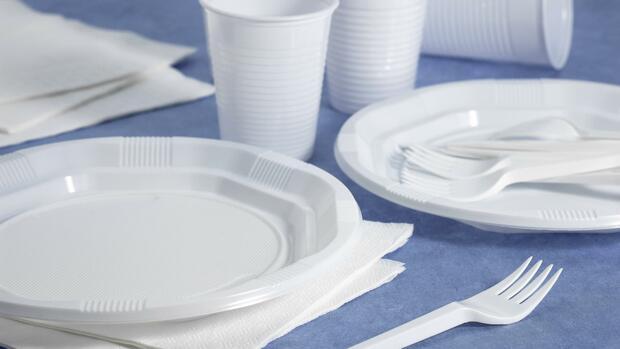 EU-Kommission will Einweggeschirr aus Plastik verbieten