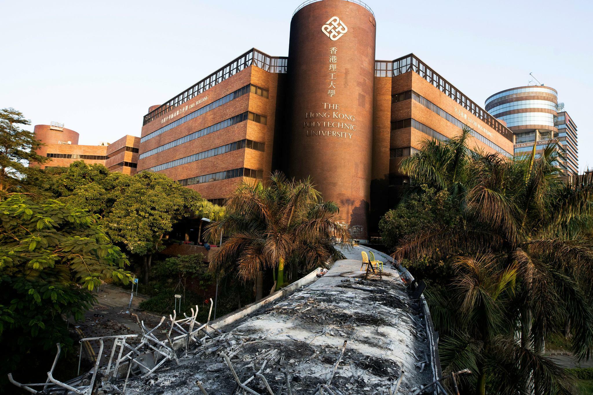 Polytechnische Hochschule: Tauziehen um besetzte Hochschule in Hongkong dauert an