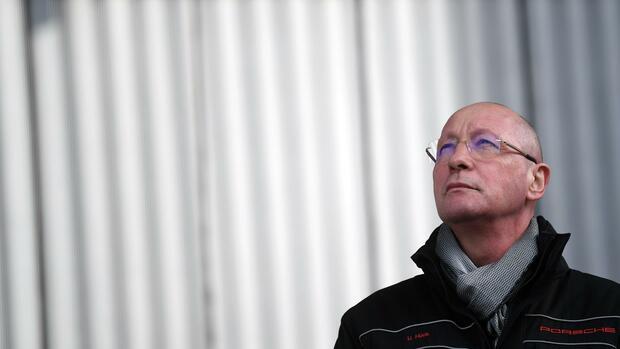 Porsche-Betriebsratschef Hück tritt ab - aus überraschendem Grund | Wirtschaft