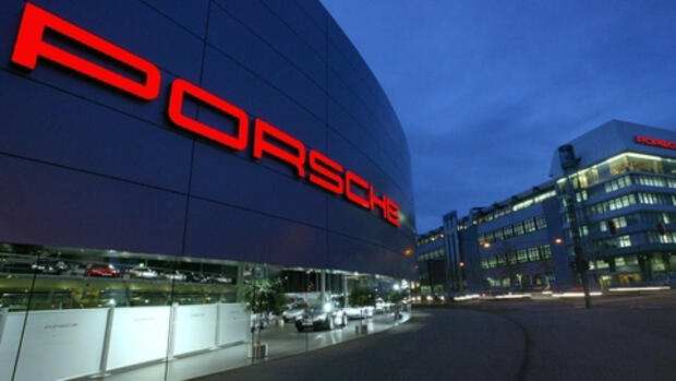 Porsche-Produktion in Quelle: dpa/dpaweb