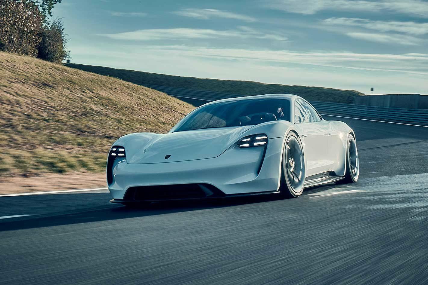 Sportwagenbauer: Wie Porsche seine Wagen auf Elektro trimmt
