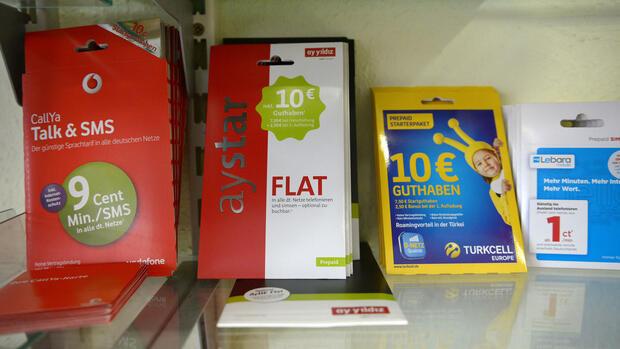Prepaid Karte Kaufen.Anti Terror Paket Bundestag Beschließt Ausweispflicht Bei Prepaid