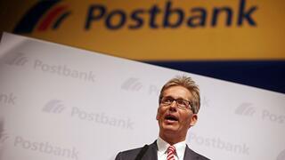 Girokonten: Deutsch Bank verteidigt Einführung von Gebühren für Girokonten