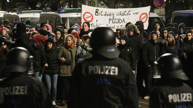 Pegida-Demonstration in Leipzig Quelle: dpa