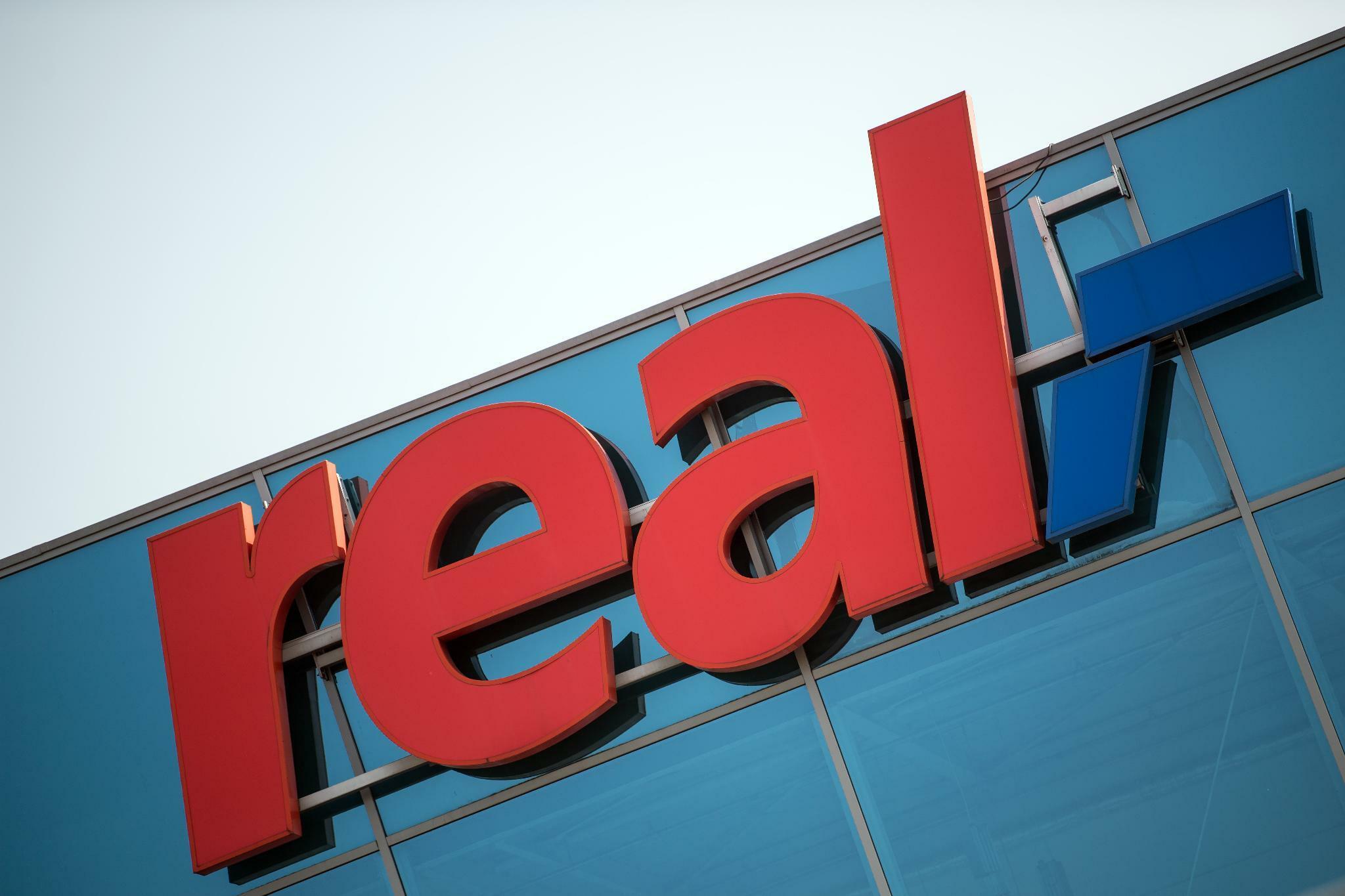 Handelskonzern: Metro und Redos werten Gebote für Real-Standorte aus