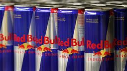 Red Bull Dosen Kühlschrank : Büro: arbeitnehmer wünschen sich gratis getränke