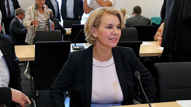 Niedersachsen: Überläuferin Twesten erstmals bei CDU-Fraktionssitzung dabei