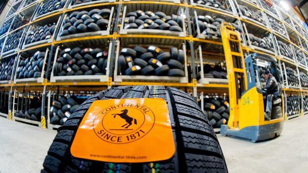 Gewinnwarnung bei Continental wegen Belastungen in Reifensparte