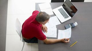 Beispielrechnung zum Vergleich: Private Altersvorsorge schlägt Betriebsrente