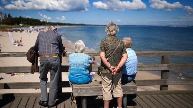 Ostdeutsche gehen früher in Rente