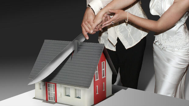 scheidung teurer rosenkrieg ums h uschen steuern recht finanzen wirtschaftswoche. Black Bedroom Furniture Sets. Home Design Ideas