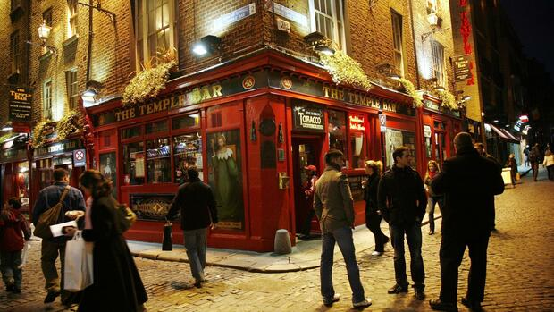 Der Temple Bar district in Dublin, Irland Quelle: dpa