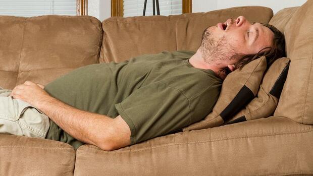 ausschlafen wie ich lernte das fr he aufstehen zu lieben. Black Bedroom Furniture Sets. Home Design Ideas