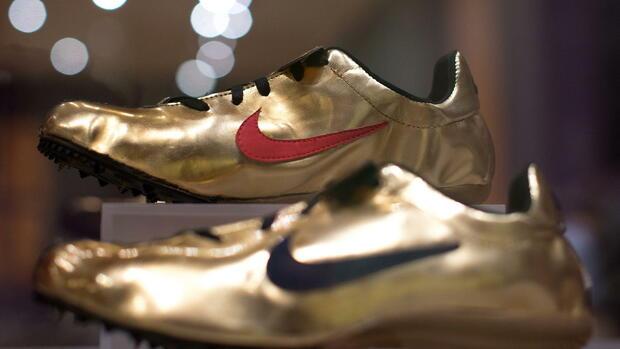 Sneakers Geldanlage Werden Zur CoWie AdidasNikeamp; Die b6gY7fy