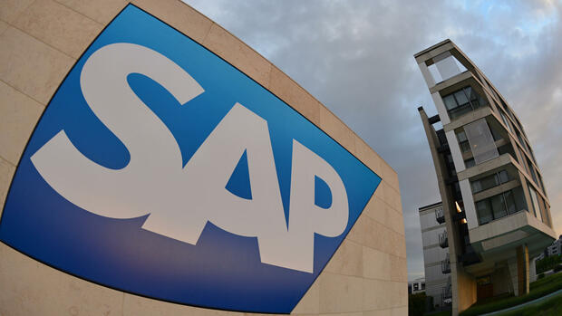 Logo von SAP am Firmensitz in Walldorf Quelle: dpa