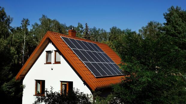 strom selbstgemacht ikea steigt den kunden mit solarzellen aufs dach. Black Bedroom Furniture Sets. Home Design Ideas