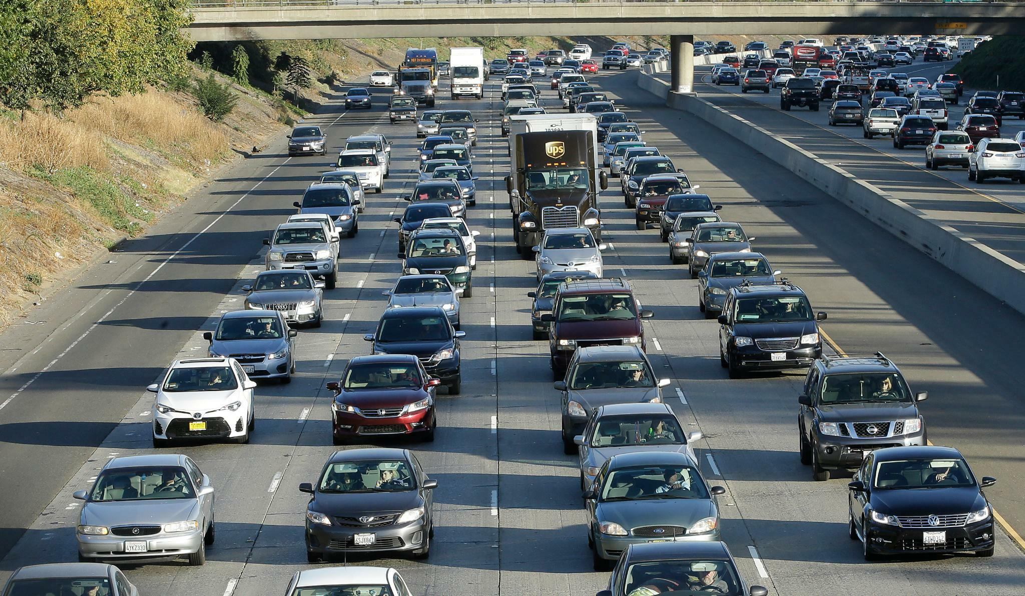 Luftverschmutzung: Auto-Abgase – US-Bundesstaaten reichen Klage gegen Trump-Regierung ein