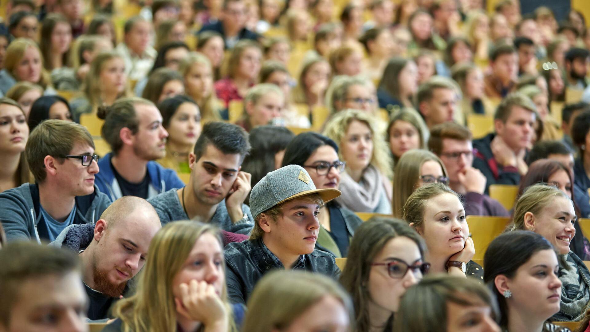 Schön Collegestudent Setzt Fort Ideen - Entry Level Resume Vorlagen ...