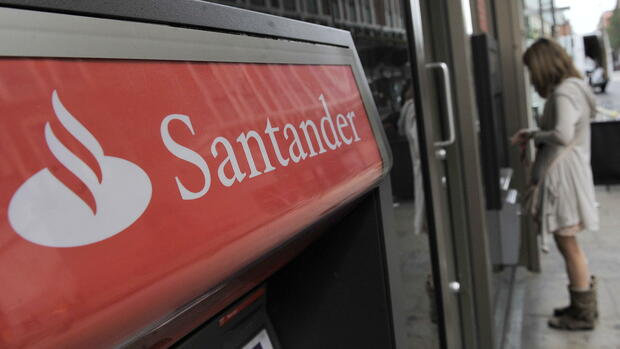 Filliale der Santander Bank Quelle: dpa
