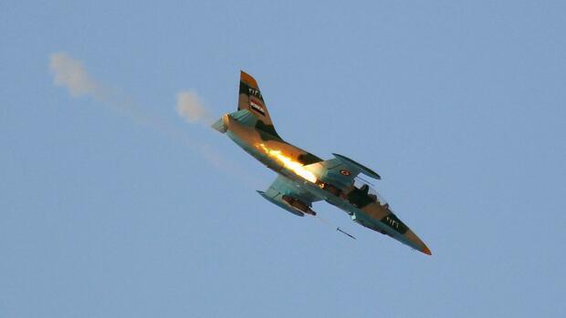 Staatsmedien: Syrische Luftabwehr schießt Raketen über Homs ab