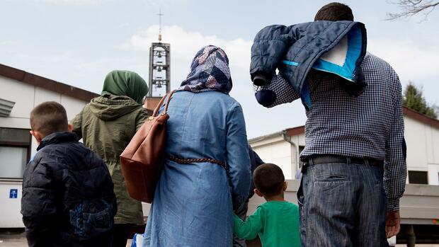 Syrer verlassen Deutschland mangels Familiennachzugs