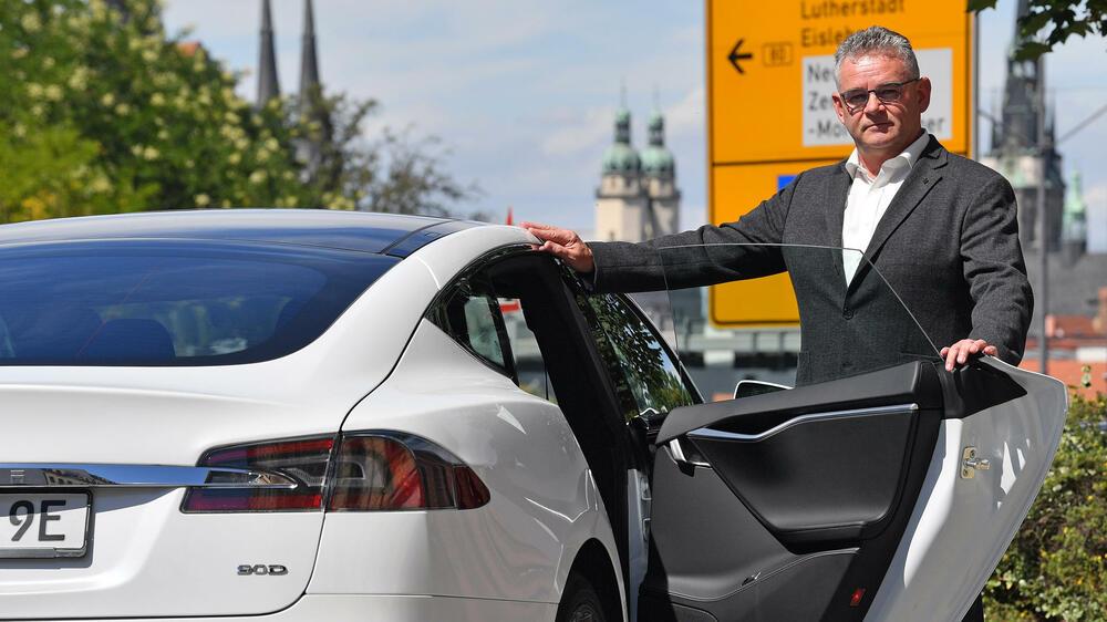 test in sachsen anhalt taugt ein elektroauto als taxi. Black Bedroom Furniture Sets. Home Design Ideas