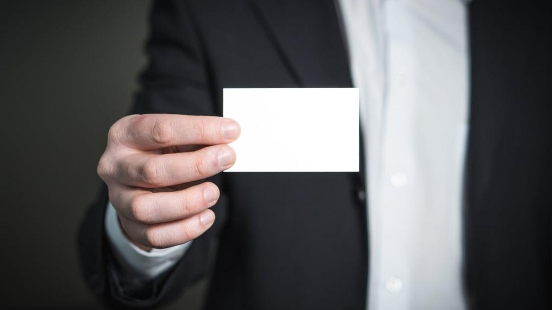 Format Design übergabe Der Visitenkarten Knigge
