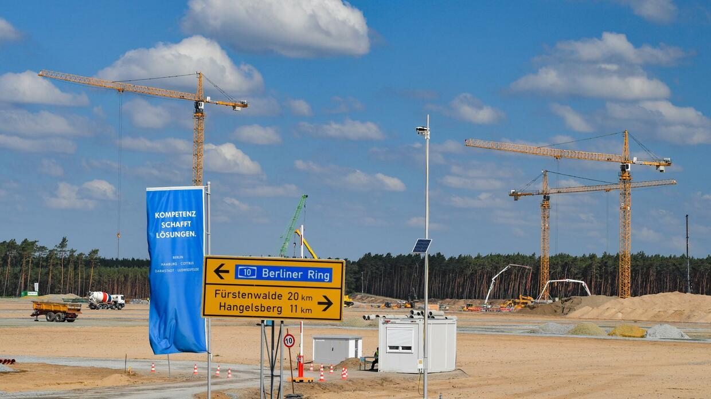 Gigafactory: Tesla plant mit bis zu 10.500 Beschäftigten in deutschem Werk