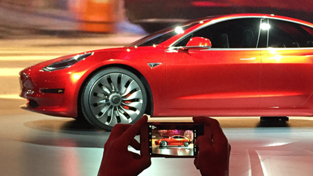 Tesla-Präsentation des Model 3 Quelle: AP