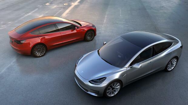 Europa - Tesla macht Model 3 mit Schnell-Ladesäulen kompatibel
