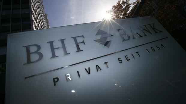 Die BHF-Bank in Frankfurt Quelle: REUTERS