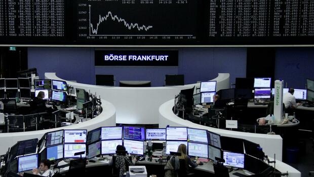 The German share price index, DAX board, is seen at the stock exchange in Frankfurt, Germany, February 5, 2018. REUTERS/Staff/Remote Quelle: Reuters