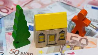 Sparer gegen Bausparkassen: Letzte Runde im Streit um hohe Sparzinsen