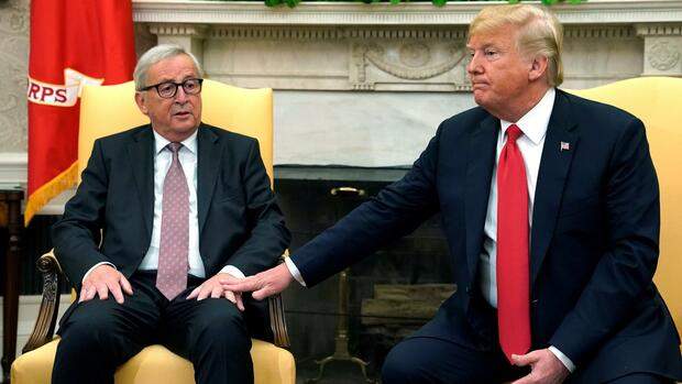Donald Trump und Jean-Claude Juncker im Oval Office. Quelle: REUTERS