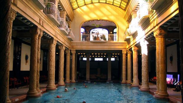 Gellert-Therme in Budapest Quelle: dpa